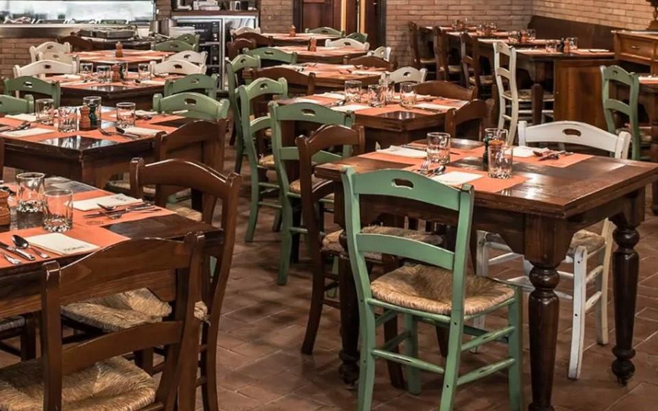 Sedie e tavoli per Ristoranti STF Sedie